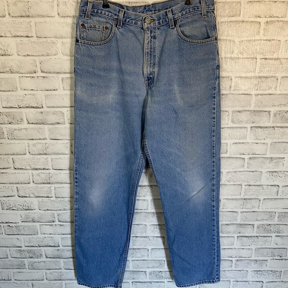Men's Levis 509 Relaxed Straight Fit jeans
